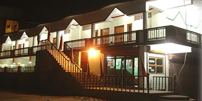 Hotel Shree Niwas (Uttarkashi)