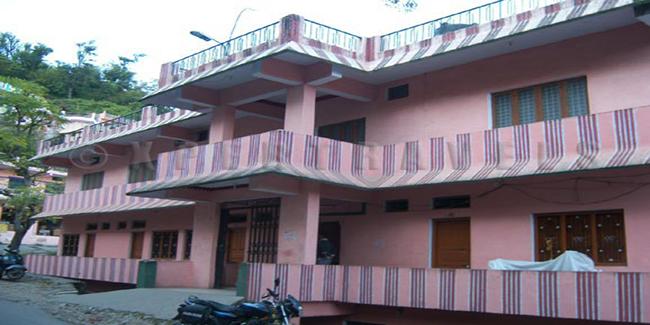 Rawat Tourist Lodge (Guptakashi)