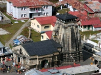 Kedarnath temple full-view