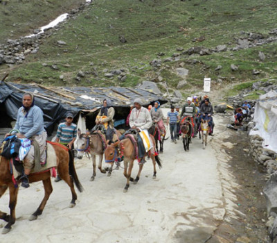Chardham yatra back on track after rains, 510 pilgrims done registration