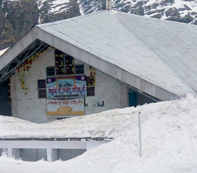 No Tripling, No Trucks for Yatra, Hemkund route cleared