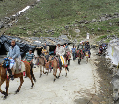 Senior citizens to get free transportation for Char Dham Yatra