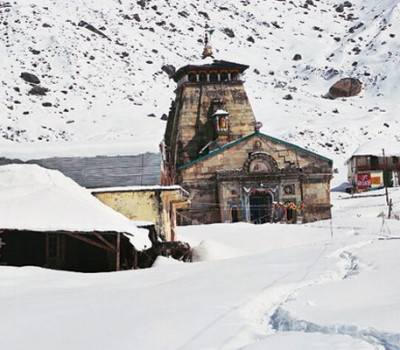 Continuous Snow fall in Kedarnath for Five hours at a stretch