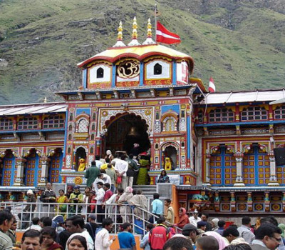Exclusive Char Dham Package from eUttaranchal and 360 Holidays Starting @ 15500 Only