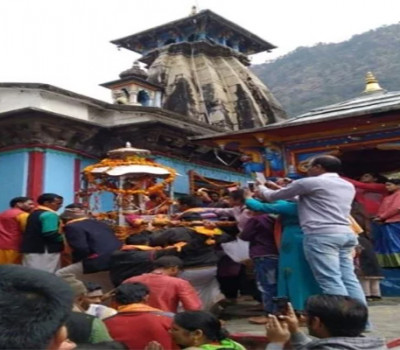Utsav Doli of Kedarnath reached its Winter Abode Omkareshwar Temple