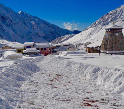 Finally Sun shines in Kedarnath after heavy snowfall