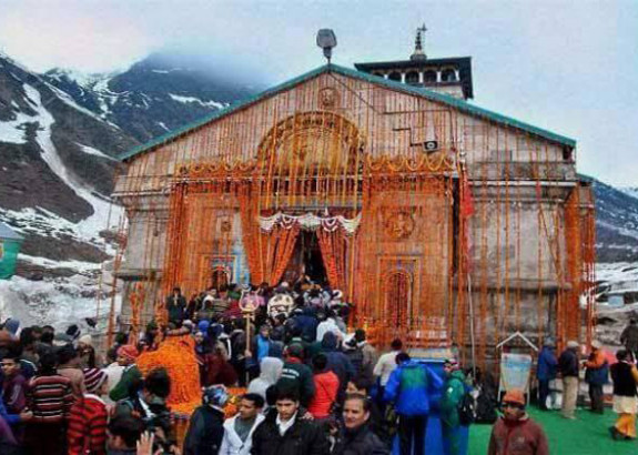 Now pilgrims & VIP's will together take blessings of Kedarnath