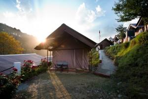 Barkot camp Exterior