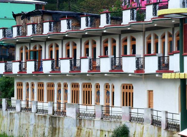 Hotel Aditya Palace Barkot Exterior