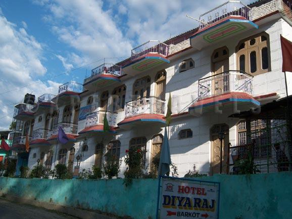 Hotel Diya Raj Barkot Exterior
