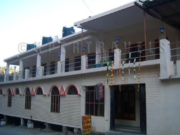 Hotel Tridev Guptakashi