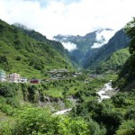 Way towards Yamunotri