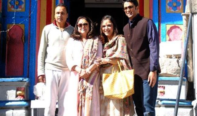Anil Ambani, Tina Ambani in Kedarnath Badrinath