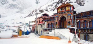 Badrinath during winter snowfall