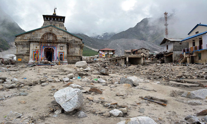 Kedarnath Shrine safe say IIT experts