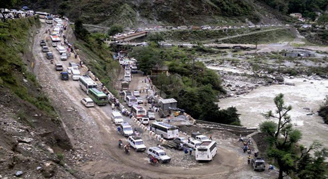 Nitin Gadkari announces Rs.1300 crore funds for Char dham yatra routes