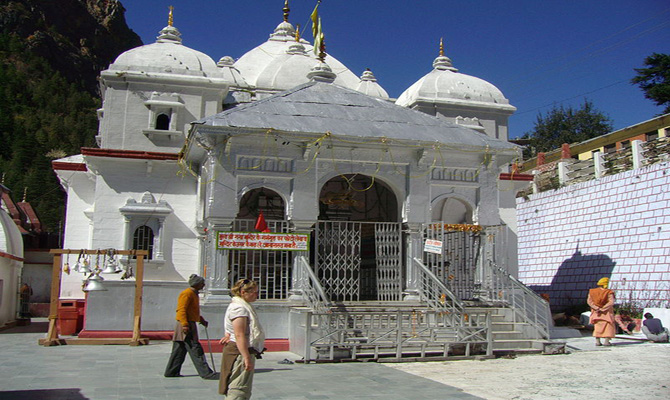Rishikesh-Gangotri National Highway opens entry for light vehicles