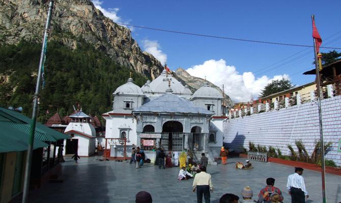 2000 pilgrims visits Gangotri on first day