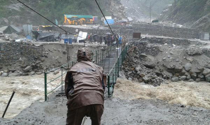 SDRF fixes collapsed bridge on Kedarnath route