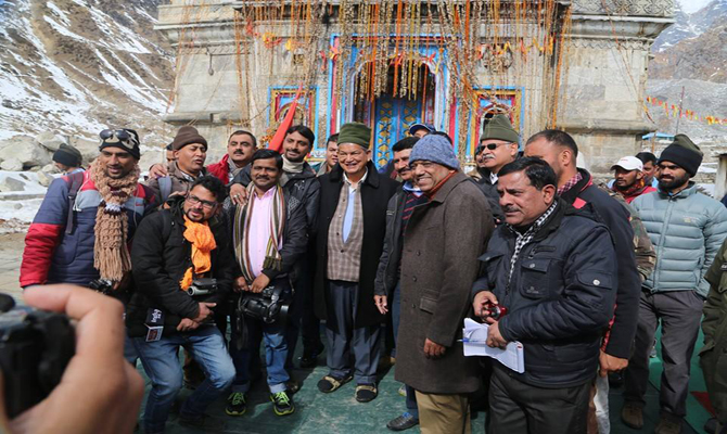 CM Rawat in Kedarnath on New Years Day