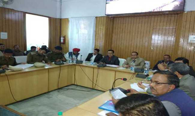 Garhwal Commissioner directs Official to complete Chardham work before 30 April