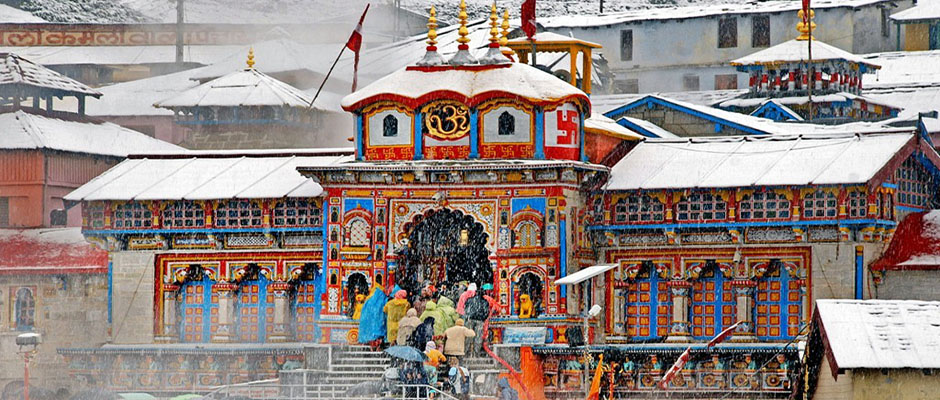 Snowfall in Badrinath