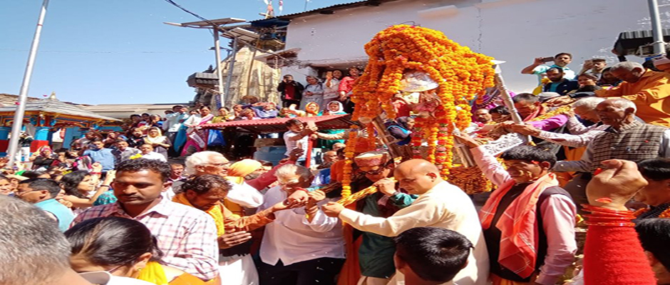 Baba Kedar doli left winter abode to Kedarnath